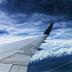 A view of an airplane wing